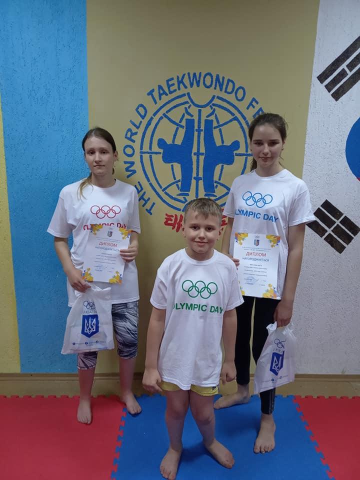 Призери чемпіонату світу отримали подарунки від «Інваспорту» та відділення НОКУ