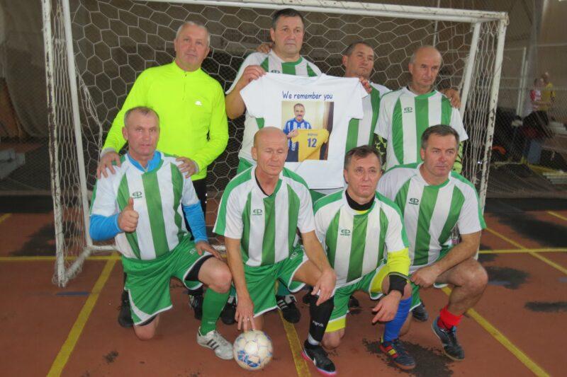 Пам'ять відомих футбольних тренерів вшанували обласним турніром