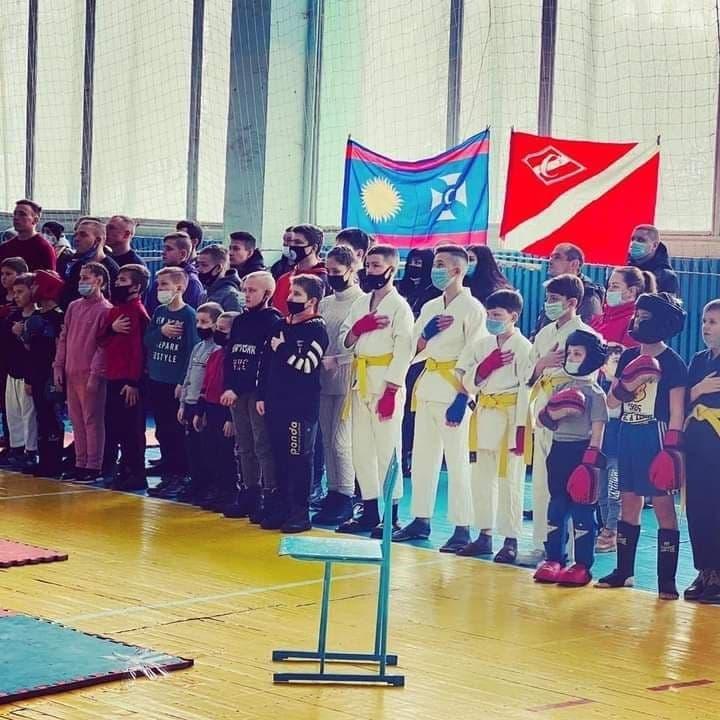 Воїни рингу вшанували героїв війни
