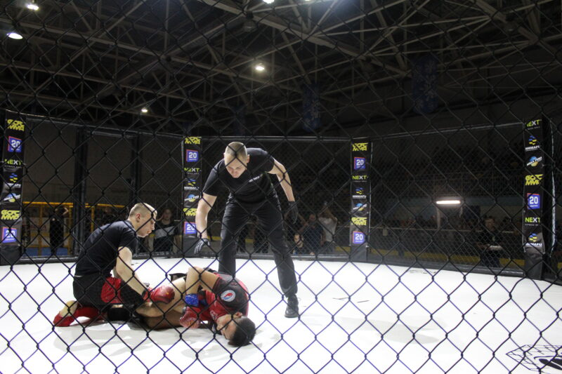 У Вінниці змагалися бійці ММА