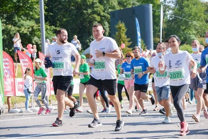 Напівмарафон «Вінниця біжить» об'єднав спортсменів із різних міст